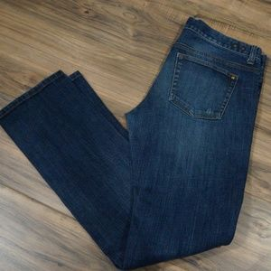 NWOT CAbi sz 6 jeans straight leg